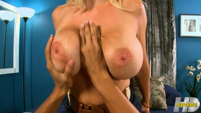 Charlee Chase - Lends A Hand  Scoreland